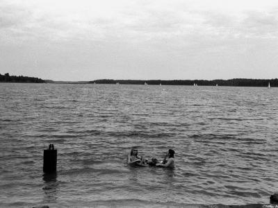 OLD_1388_35 Śniadanie na wodzie (sierpień 1982)